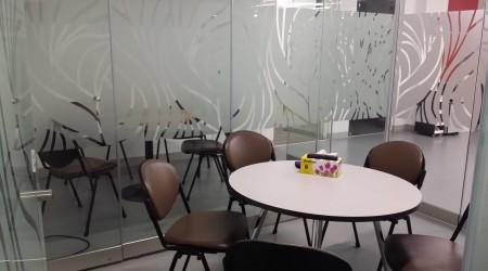 5-pax Meeting Room
