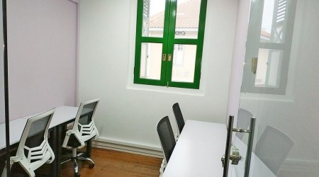 D1 Private Office 5-10pm $49/day